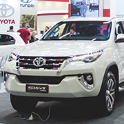 https://www.toyota.com.br/wp-content/themes/toyota/_custom-events/reatech-2019/dev/assets/img/gallery/gallery-01.jpg