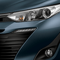 https://www.toyota.com.br/wp-content/uploads/2018/06/tyt_gallery_image_4_104673_SD_yaris-xls-galeria-ext-full-04-DSK_w1440h448px.png
