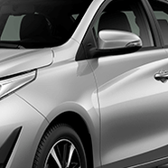 https://www.toyota.com.br/wp-content/uploads/2018/06/tyt_gallery_image_7_104673_SD_yaris-xls-galeria-ext-full-07-DSK_w1440h448px.png