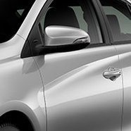 https://www.toyota.com.br/wp-content/uploads/2019/11/tyt_gallery_image_8_115478_Yaris-2020-galeria-ext-full-08-DSK-1_w1440h448px.jpg